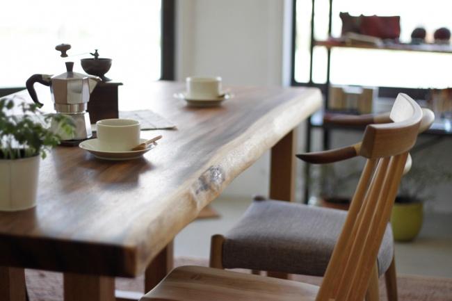 一枚板と無垢材の家具 神戸カチートファニチャー