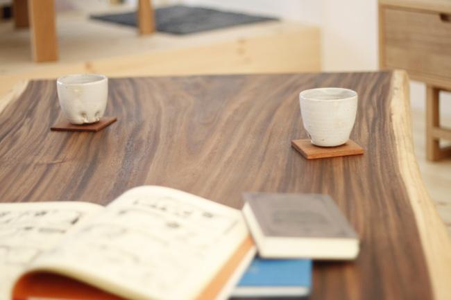 モンキーポッド一枚板の座卓テーブル