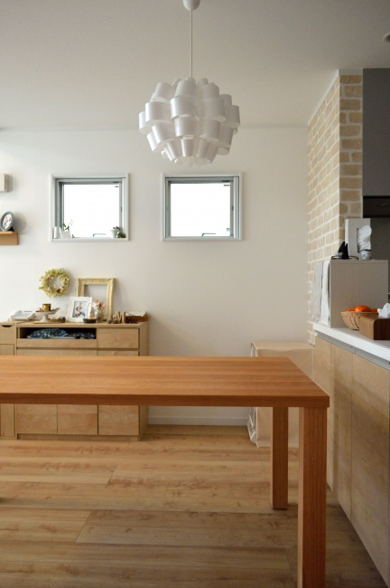 パン教室用ブラックチェリー無垢材のテーブル