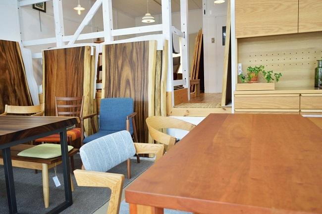 カチートファニチャー無垢材の家具