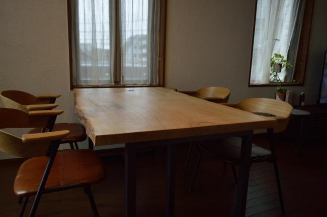 一枚板テーブルの修理加工