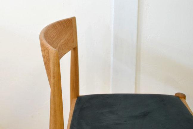 4110チェア uni senior 宮崎椅子 シンプルな椅子
