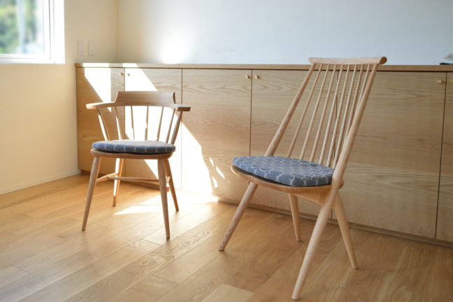 ミナペルホネン・タンバリン生地の椅子