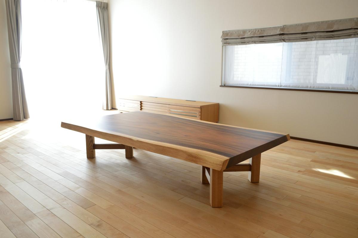 モンキーポッド一枚板ローテーブル