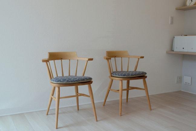ミナペルホネンのタンバリン生地の椅子