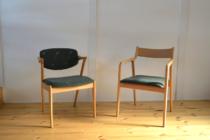 ミナペルホネンのチョウチョ生地の宮崎椅子
