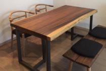 モンキーポッド一枚板のダイニングテーブル