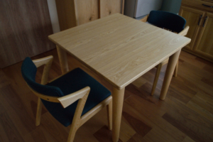 タモ無垢材テーブルとイスワークスZEN