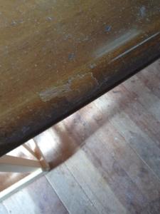 テーブル修理前