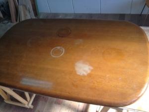 テーブル天板の修理前