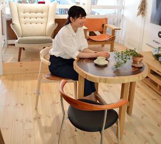 デンマーク家具展ウェグナーの椅子